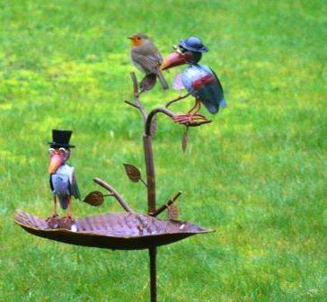 Fer forg fer rouill nouvelle tendance au jardin - Deco jardin fer rouille ...